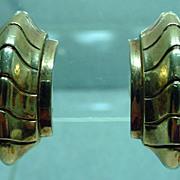 1940's Trifari Clip On Gold Tone Earrings, Classic!