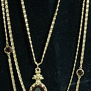 "Wonderful ""Goldette"" Vintage Chain Necklace with Stones!"