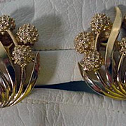Vintage 1960's Trifari Gold Tone Clip On Earrings
