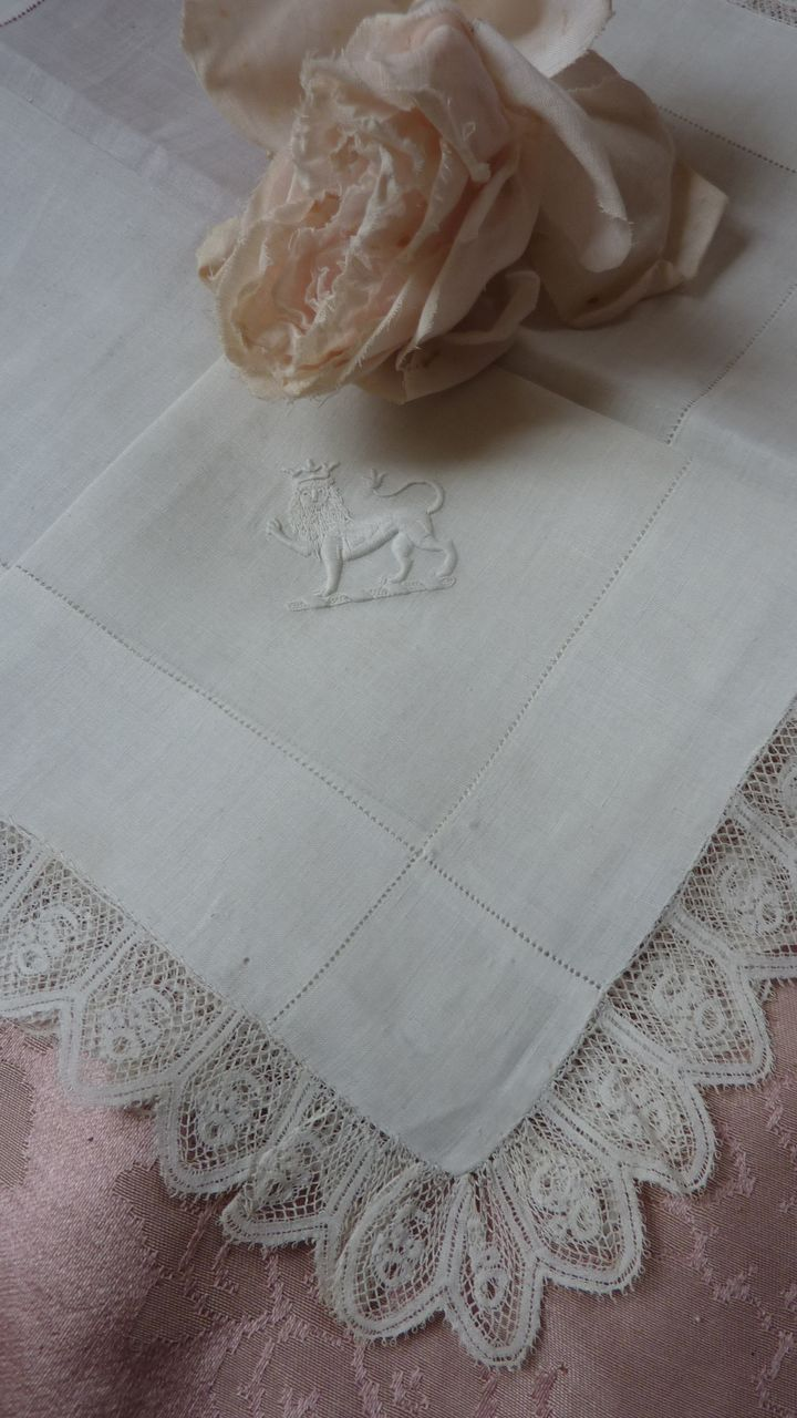 Aristocratic  CROWN Duke lion French embroidered handkerchief lace