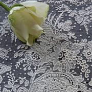 SOLD Delicious fragment Brussels point de gaze lace ROSE motifs