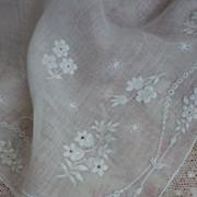 SOLD Exquisite 19th C. bride's wedding hanky handkerchief floral motifs lace
