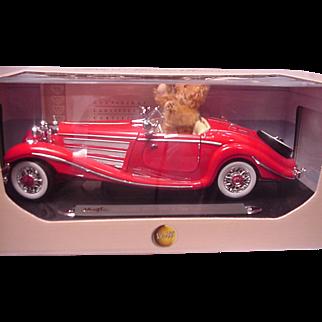 Steiff Teddy Club in Mercedes Roadster Club Piece