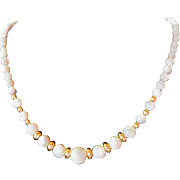 Elegant Graduated White Mother Of Pearl Single Strand Necklace