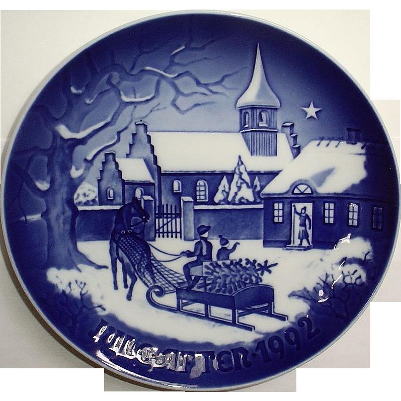 1992 Bing & Grondahl Christmas Plate B&G The Pastor's Christmas