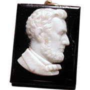 Extremely rare cameo locket of Lincoln