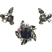 Pin and Earring Set With Hexagonal Rhinestone