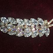 Sale! Vintage Juliana Dangle leaf brooch -