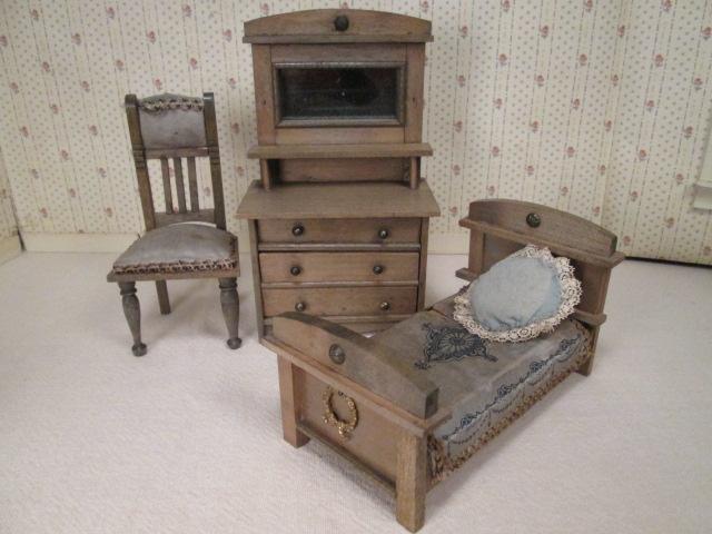 German Dollhouse Furniture 7 Piece Bedroom Set 1910