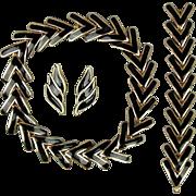 Art Deco Style Black on Goldtone Necklace Bracelet Earrings Set
