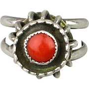 Vintage Navajo Sterling Silver Ring w/ Red Coral