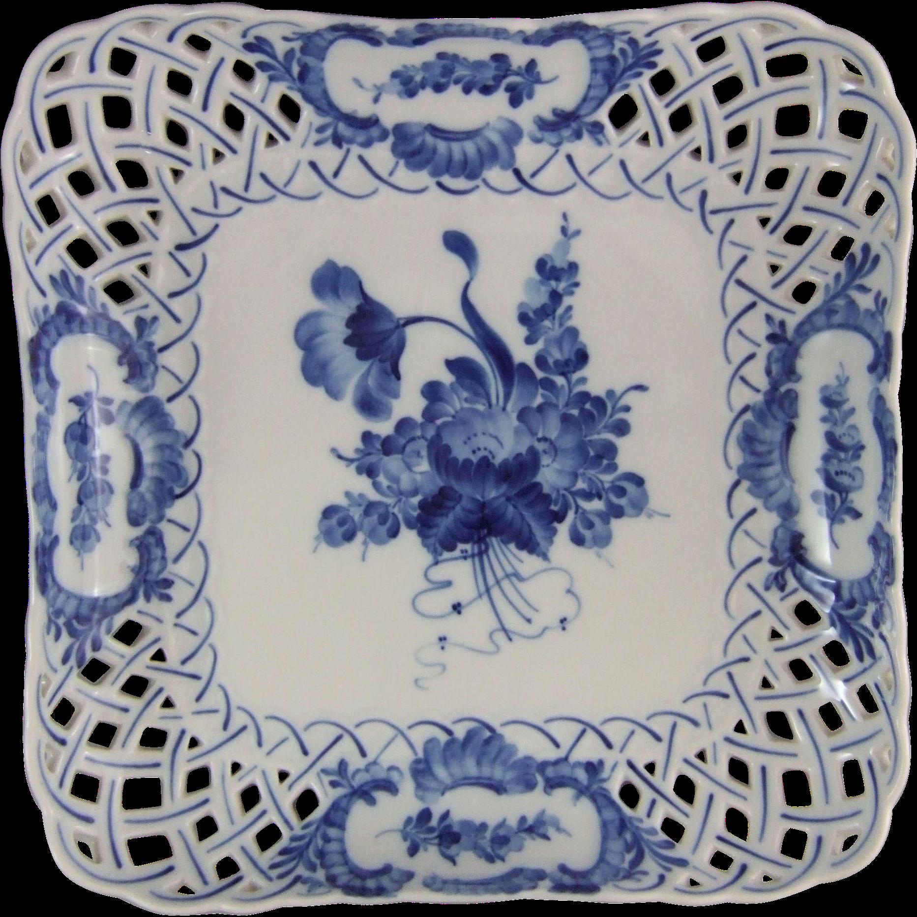 kuchenplatte vintage : Royal Copenhagen Blue Flowers Kuchenplatte Viereckig Reticulated Cake ...