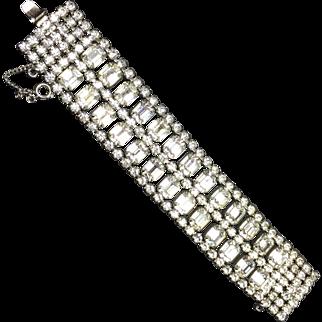 Runway Worthy Wide Weiss Rhinestone Bracelet
