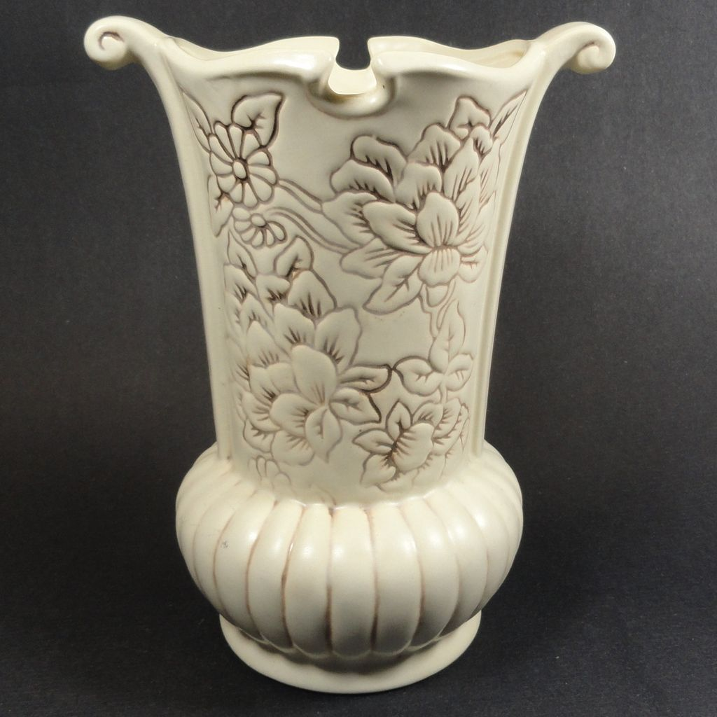 Large 1940 S Ivory Red Wing Magnolia Vase From Headsupvintage On Ruby Lane