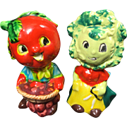 Anthropormorphic Tomato & Lettuce People Salt & Pepper Shakers