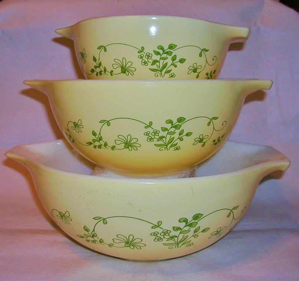 Vintage Corning Pyrex Cinderella Nesting Bowls Shenandoah