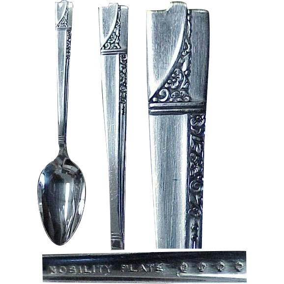 (3) Caprice Pattern 1937 Nobility Plate Large Serving Spoons