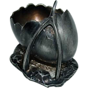 Rare Silverplated Egg and Wishbone by Pairpoint Individual Salt
