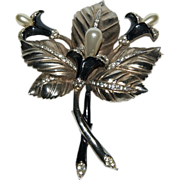 """3 piece Set """"Large Brooch & Matching Earring's"""" with Trumpet / Lily Blooms & Leaf"""