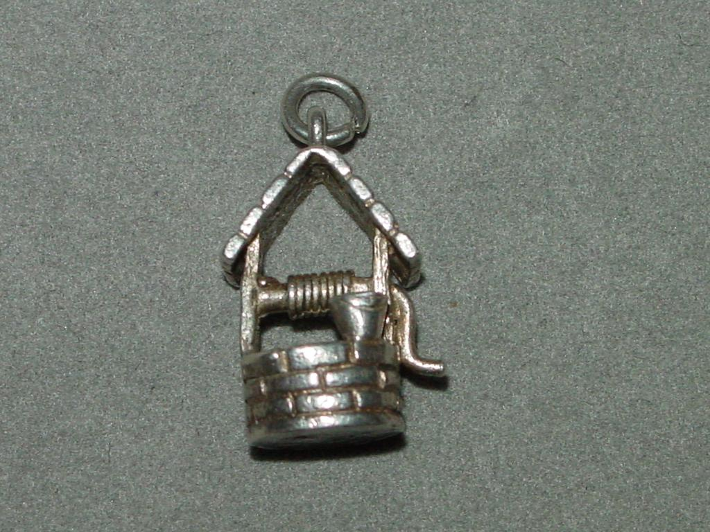 Vintage Wishing Well British Silver Charm