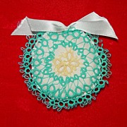 Small Tatted Ornament