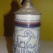 Avon Wildlife Stein with Lid - b31
