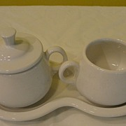 """Fiesta'' White Creamer and Covered Sugar Bowl on Tray - b32"