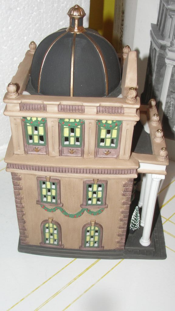 Dept 56 Christmas In The City First Metropolitan Bank