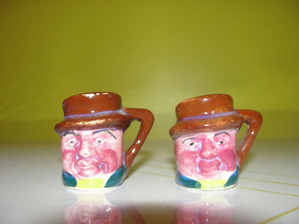 Tiny Toby Mug Salt and Pepper Shakers - b34