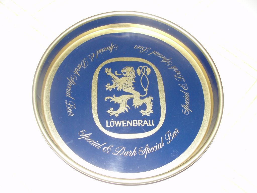 """Lowenbrau """"Special and Dark Special'' Beer Tray - b54"""