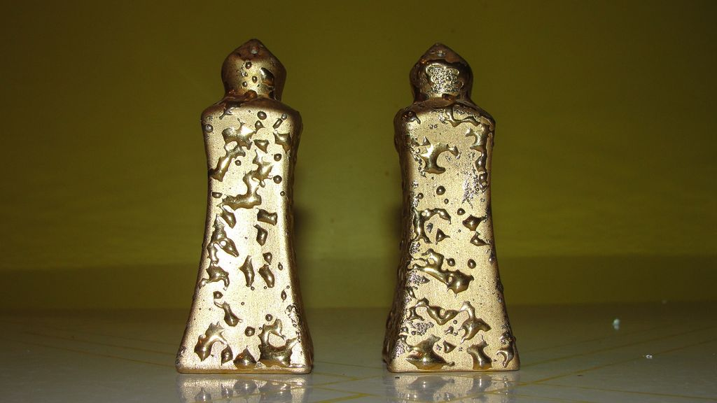 Weeping Gold Salt and Pepper Shakers