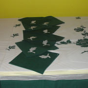 White with Green, Green with White Tablecloth and Napkins