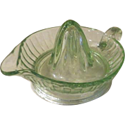 Fresh Squeezed Juice Green Glass Reamer - b109