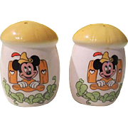 Mickey Mouse and the Beanstalk Walt Disney Salt and Pepper Shakers - nsp