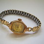 Wyler Ladies Dress Swiss Watch 14K Gold Case 17 Jewel