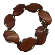 Lisner Rust Red Moonglow Lucite Thermoset Bracelet Gold Tone
