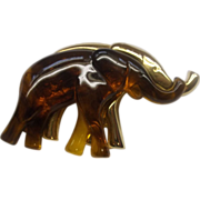 Liz Claiborne Elephants Pair Duo Pin Amber Lucite Gold Tone