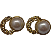Richelieu Faux Mabe Pearl Clip Earrings Gold Tone Rope Chain
