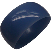 Cornflower Blue Oval Lucite Bangle Bracelet