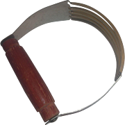 A&J Dough Pastry Blender Red Wooden Handle