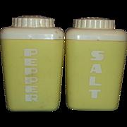 Lustro Ware Lemon Yellow Cream Letters Salt Pepper Shakers Large Plastic