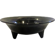 Black Glass Amethyst Round Bowl 3 Toed Footed Plain Undecorated Depression