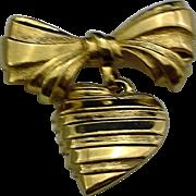 Avon Heart Dangling Gold Tone Pin Sentimental I Love You Mother