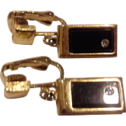Avon Delmonico Black Glass Simulated Onyx Clear Rhinestone Rectangle Earrings Clips 1976