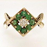 Modern 14k Gold Emerald Diamond Estate Ring May Birthstone Size 7