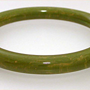 Marbled Light Green Bakelite Bangle Bracelet, Creamed Spinach Bakelite