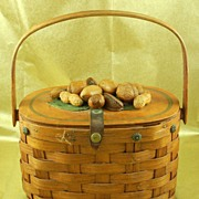 SALE Beautiful Vintage Basket Purse Handbag with Nuts