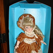 "MIB 8"" Porcelain Ginny Doll by Vogue with Sleep Eyes"