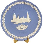 Vintage 1974 Wedgwood blue jasperware houses of parliament christmas collector plate mint ...