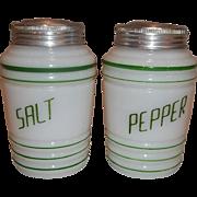 Hazel Atlas Green Salt & Pepper Range Shaker Set